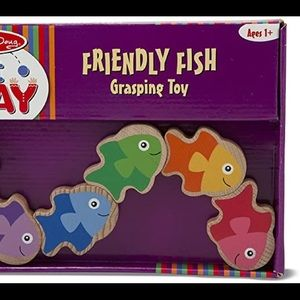 NWT Melissa and Doug Friendly Fish Grasping Toy
